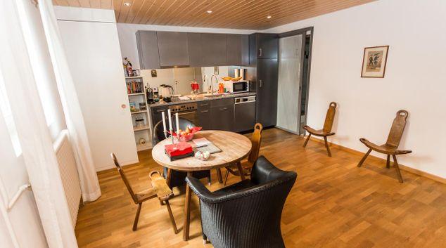 Living area at Justingerweg 18 Apartment, Kirchenfeld, Bern