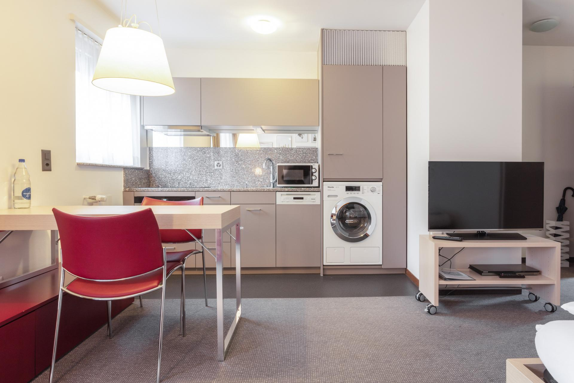 Laundry facilities at Florastrasse 26 Apartments