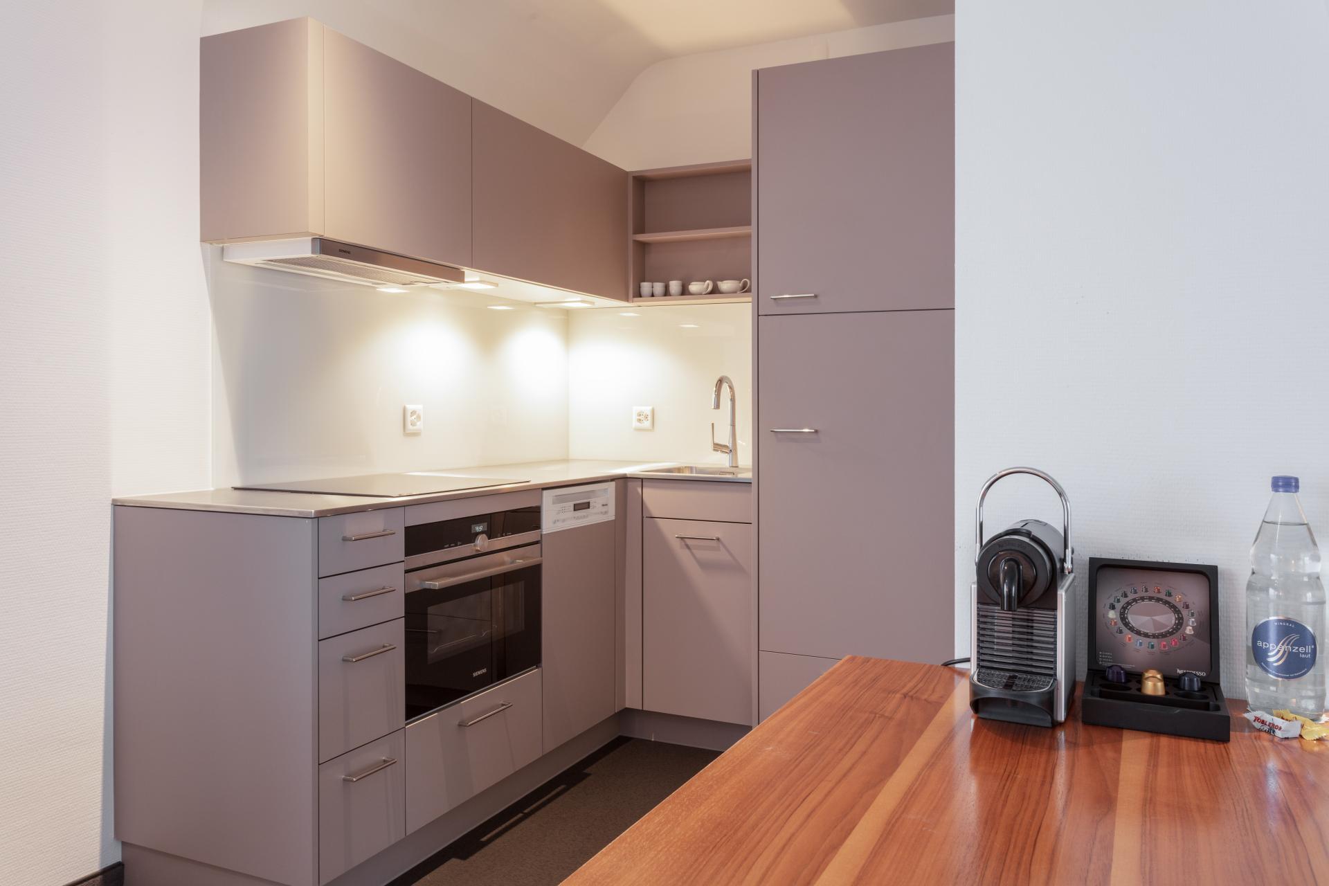 Kitchen diner at Florastrasse 26 Apartments