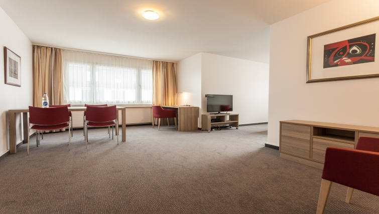 Large living area in Sihlfeldstrasse 127