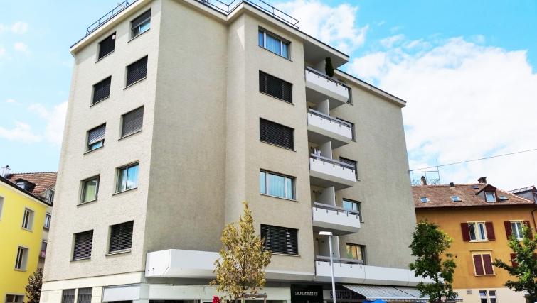 Pleasant exterior of Sihlfeldstrasse 127