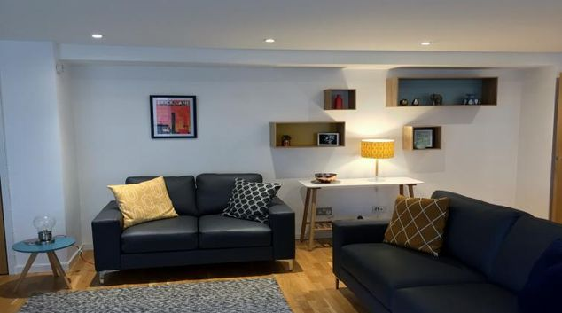 Contemporary living area in Enterprise Place ApartmentsTolbooth Apartments