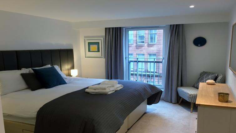 Comfortable bedroom in Tolbooth Apartments