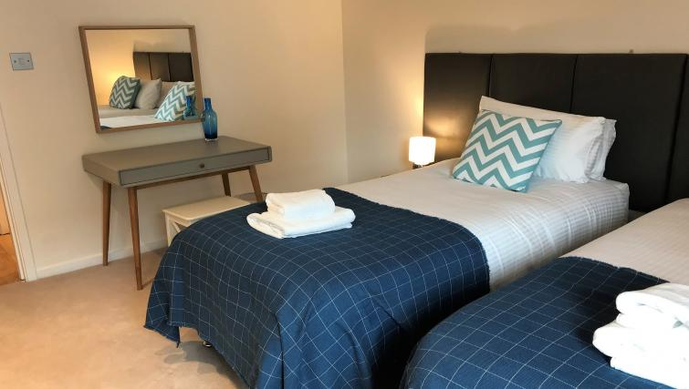 Twin room at Tolbooth Apartments