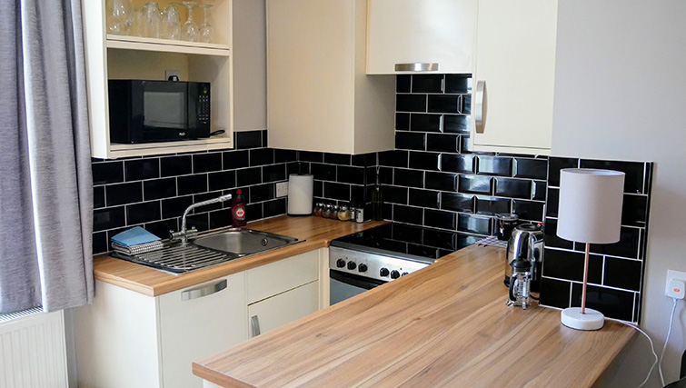 Stove at Peartree Serviced Apartments