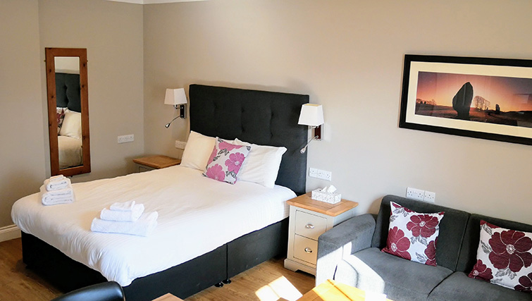 Double bed at Peartree Serviced Apartments
