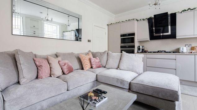 Living area at Star Street Apartment, Paddington, London