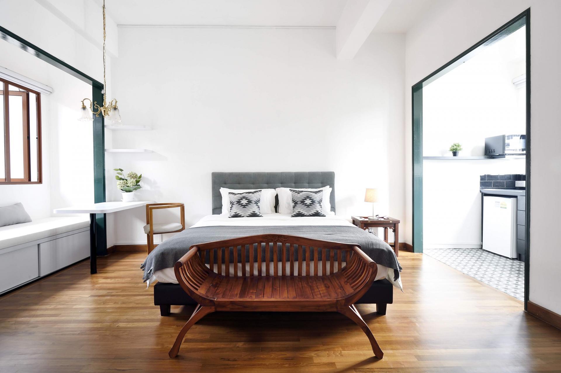 Bed at Cavenagh House Apartments, Kallang, Singapore