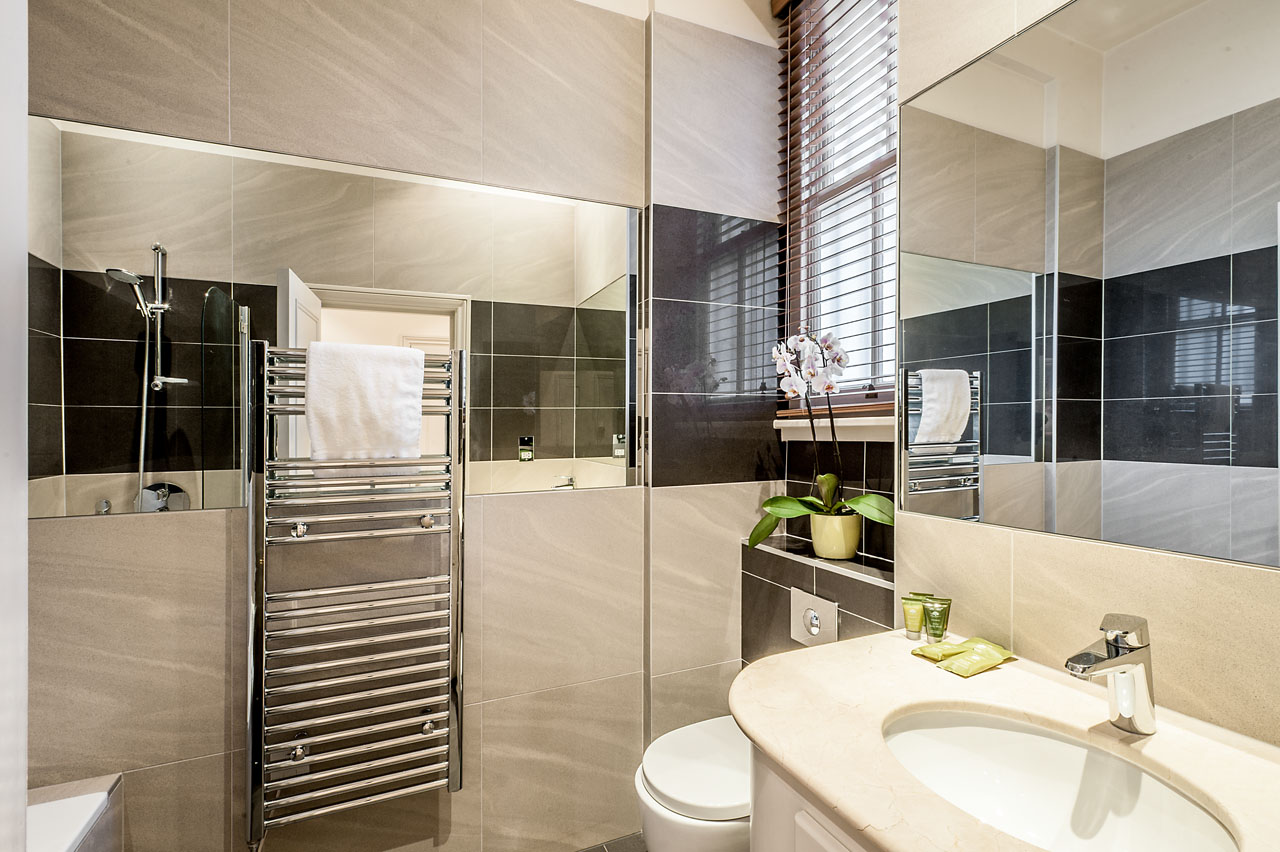 Bathroom at Chelsea - Draycott Place Apartments, Chelsea, London