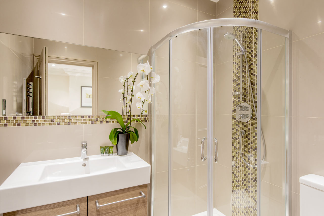 Shower at Chelsea - Draycott Place Apartments, Chelsea, London