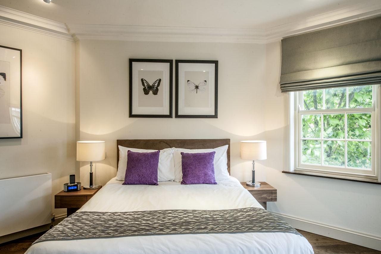 Double bed at Chelsea- Sloane Avenue Apartments, Chelsea, London