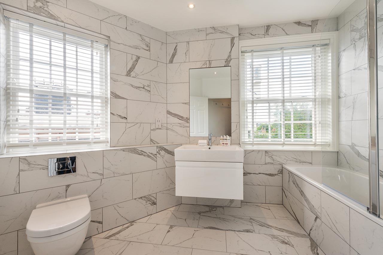 Luxury bathroom at Chelsea- Sloane Avenue Apartments, Chelsea, London