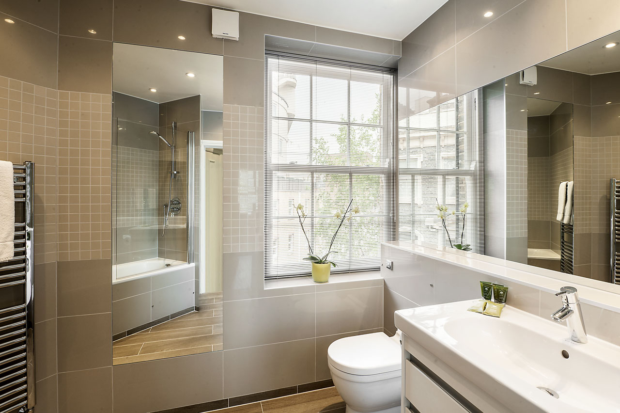 Mirror at Chelsea- Sloane Avenue Apartments, Chelsea, London