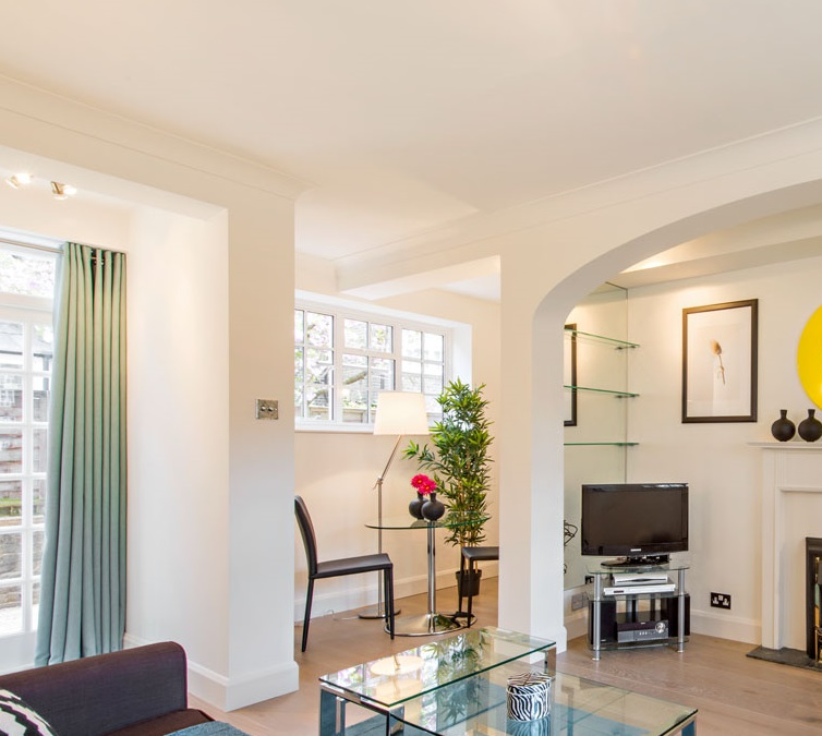 TV at Chelsea - West House Apartment, Chelsea, London