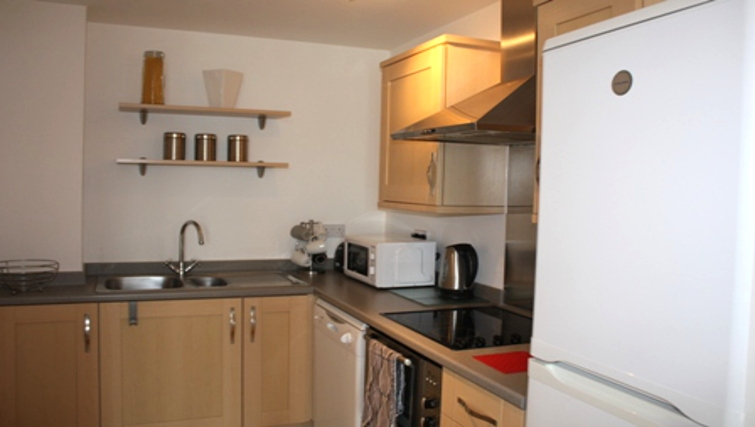 Modern kitchen in Sirrocco Apartments