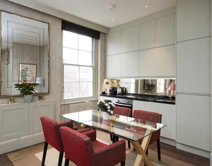 Dining at 10 Durham Terrace, Bayswater, London