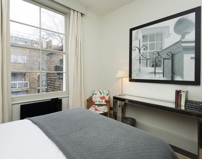 Big windows at 10 Durham Terrace, Bayswater, London