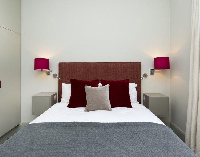 Light bedroom at 10 Durham Terrace, Bayswater, London