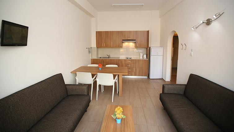 Dining area in Lucky Hotel Apartments