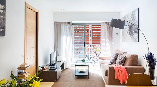 Open plan living area at Splendom Rambla Poblenou, El Poblenou, Barcelona
