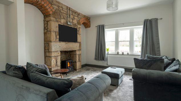 Living Room at North Lodge Apartments