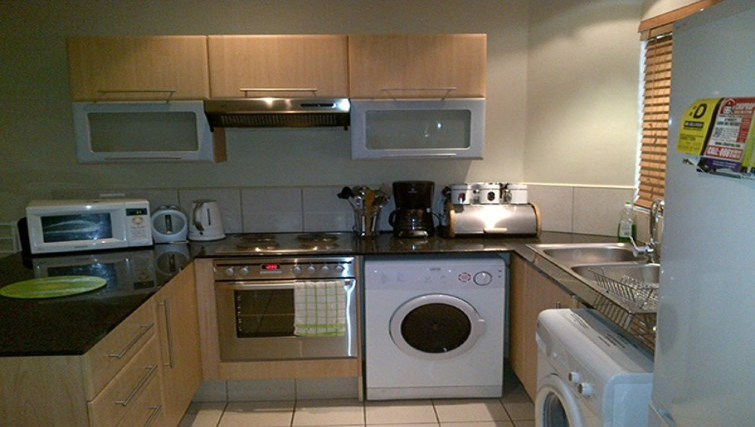 Equipped kitchen in Sandhurst Towers Apartments