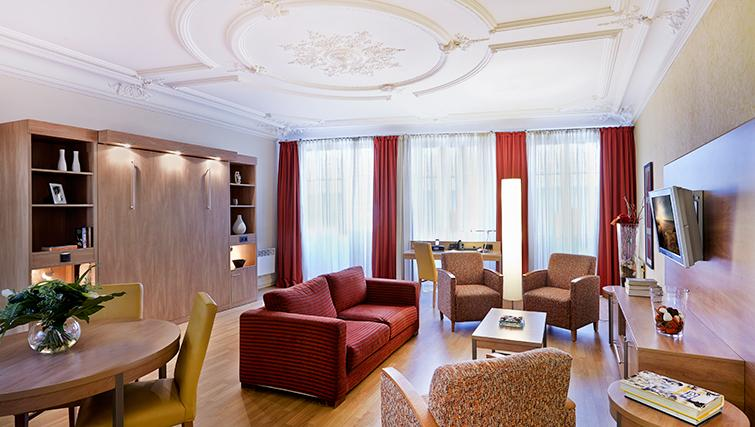 Spacious living area in Citadines Kleber Apartments
