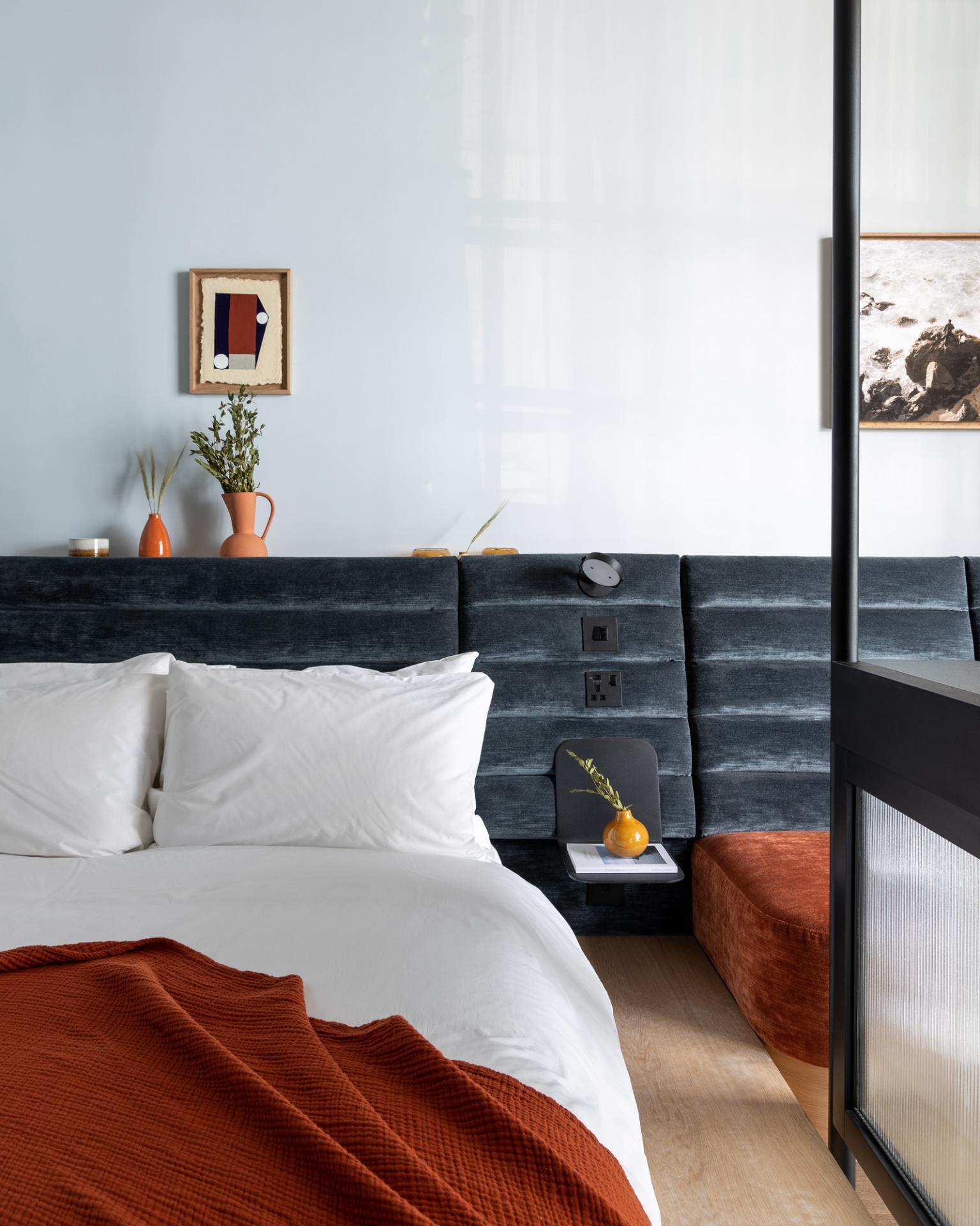 King size bed at Beckett Locke Apartments, North Wall, Dublin