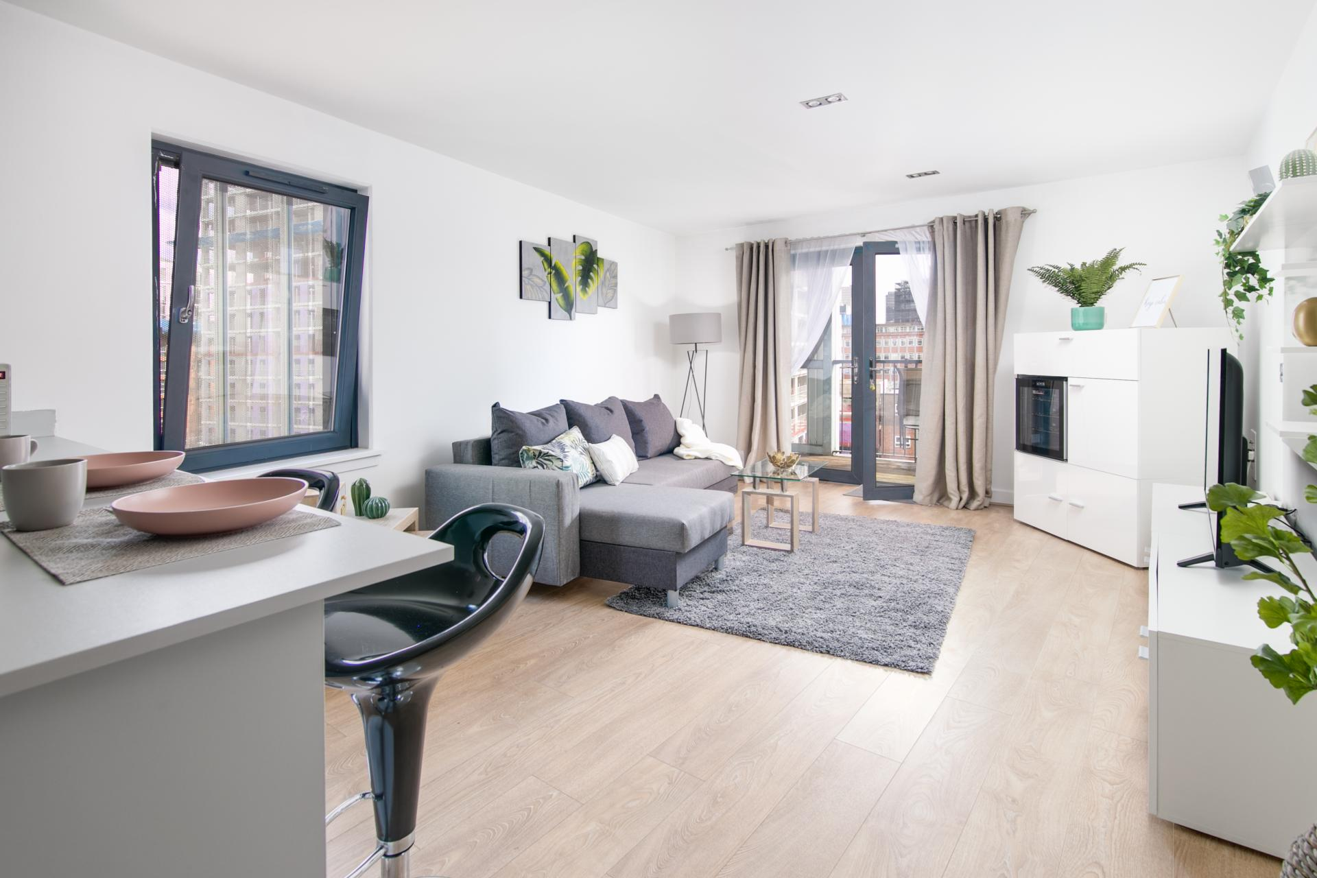 Open plan living at Canal Muse Apartment, Newtown, Birmingham