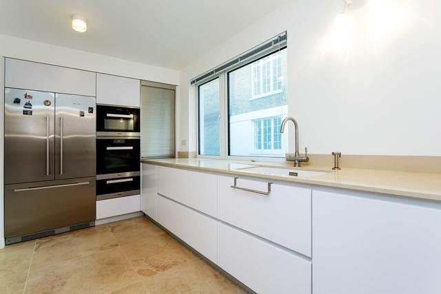 Modern kitchen at Market Mews Apartment, Mayfair, London