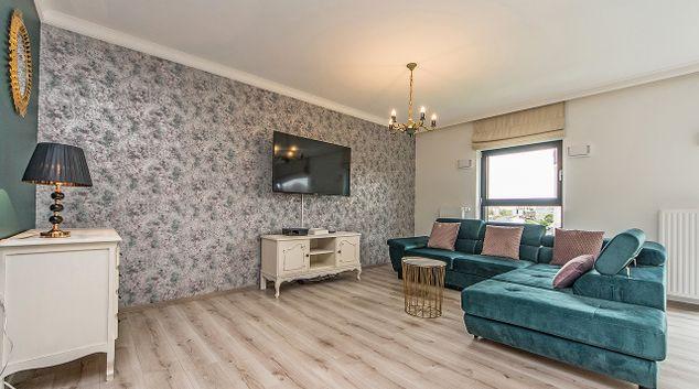 Living area at Rezydencja Wintera Apartments, Wyspa Spichrzow, Gdansk
