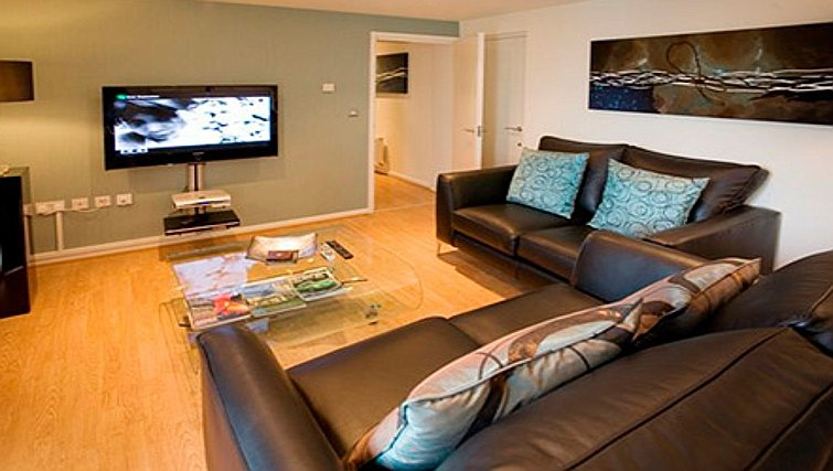 Relaxing living area in Chelmsford Serviced Apartments