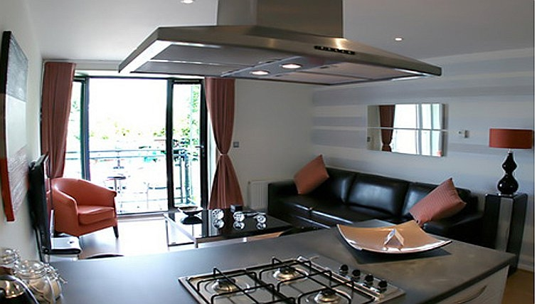 Bold living area in Chelmsford Serviced Apartments