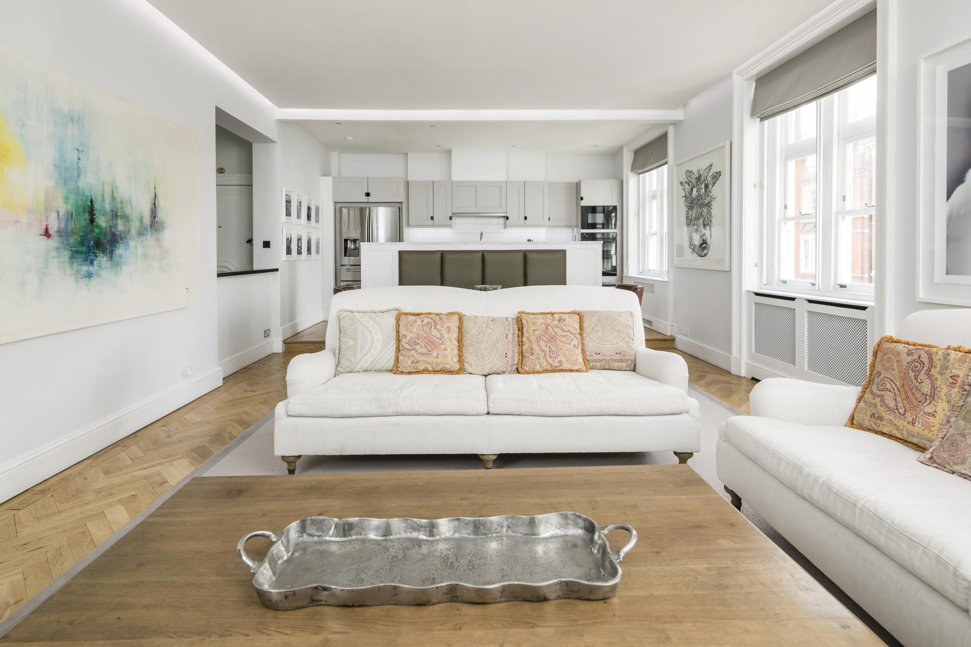 White sofas at Luxurious Mayfair Apartments, Mayfair, London