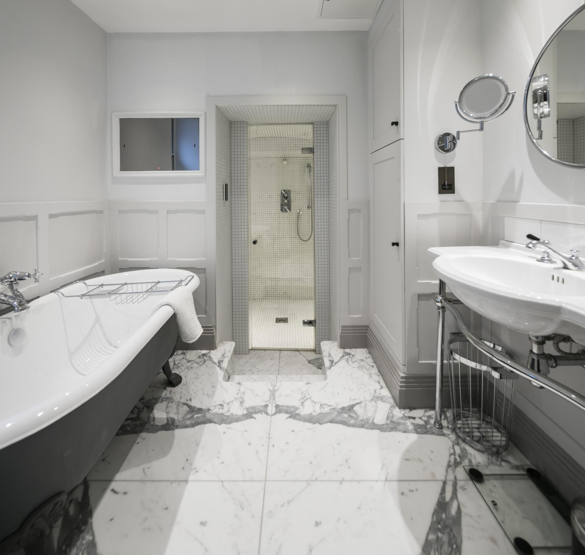 Bathroom at Luxurious Mayfair Apartments, Mayfair, London