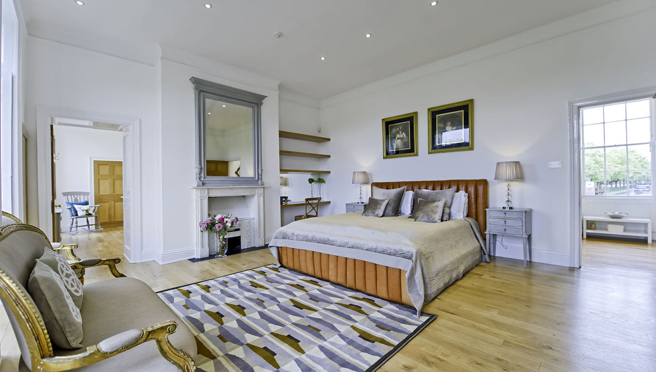Modern bedroom at Craven House Apartments