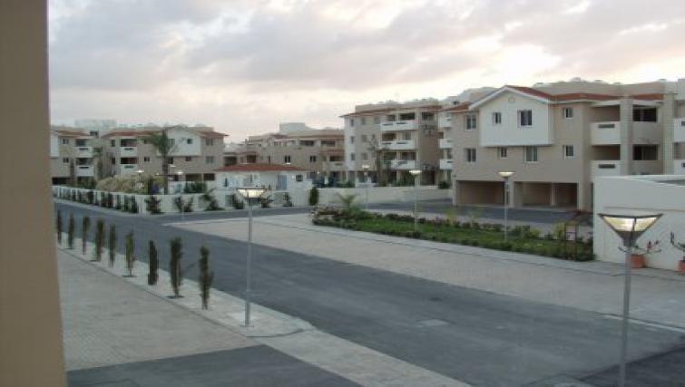 Inviting exterior of Pyla Village Apartment