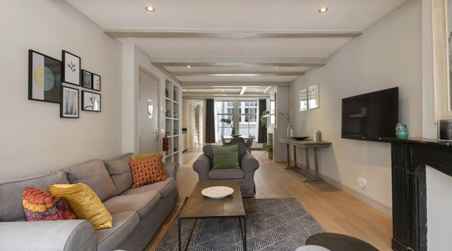 Living area at Haarlemmerstraat Apartment, Centre, Amsterdam