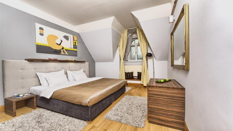Large bedroom at Residence Brehova Apartments