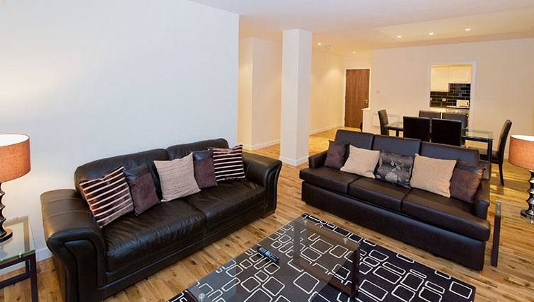 Charismatic living area in Aberdeen Douglas Apartments