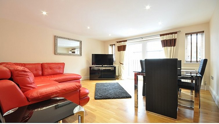 Bold living area in Lower Road Apartments