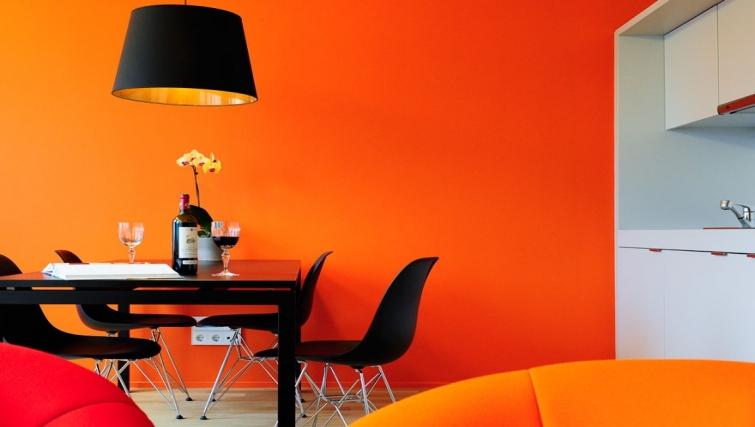 Colourful dining area in Key Inn Apart-Hotel Parc de Merl