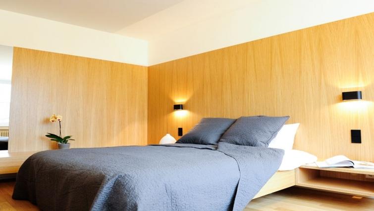 Spacious bedroom in Key Inn Apart-Hotel Parc de Merl