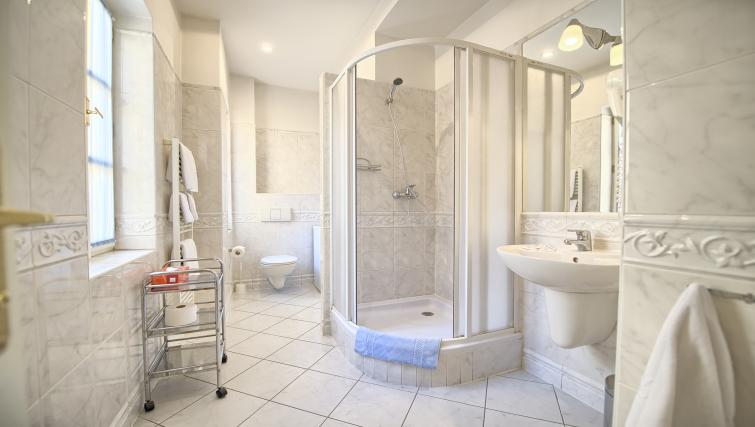 Shower at Residence Masna Apartments