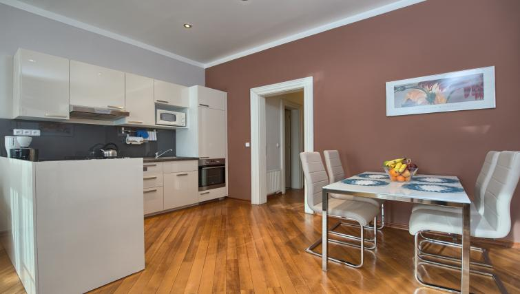 Equipped kitchen at Residence Masna Apartments