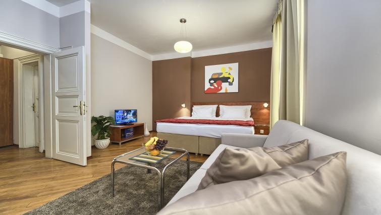 Bright studio at Residence Masna Apartments