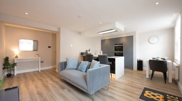 Lounge at Central Billericay Apartment, Billericay, Chelmsford