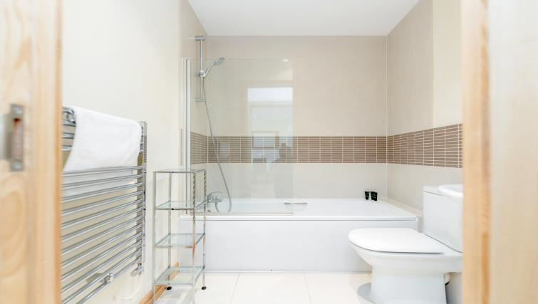 Bathroom at Westnye House Apartment