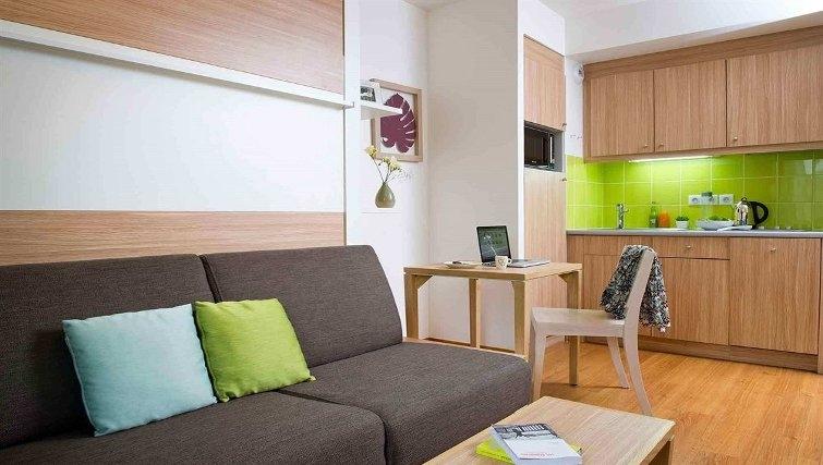 Tidy living area in Adagio Paris Vincennes