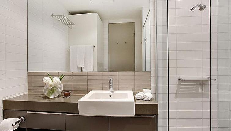 Exclusive bathroom in Caroline Serviced Apartments